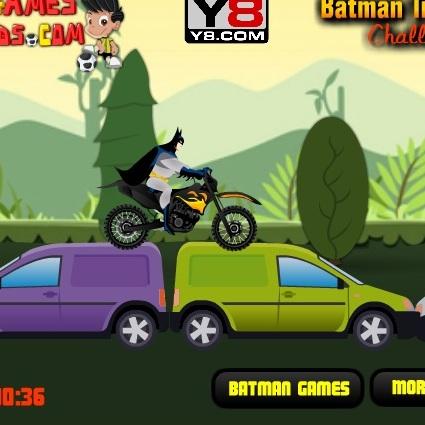 Бэтмен мотогонщик