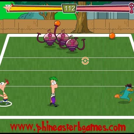 Финис и Ферб игра в мяч с пришельцами