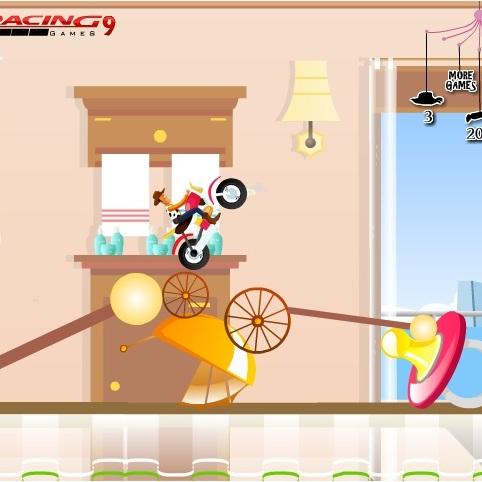 История Игрушек гонка на мотоцикле