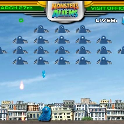 Монстры против Пришельцев атака космических кораблей