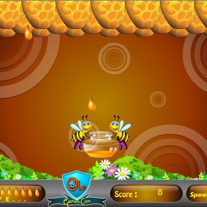 Пчёлы собирают мёд