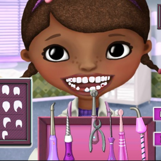 Доктор Плюшева лечит зубы
