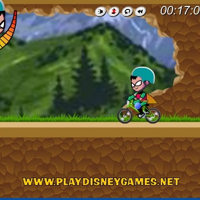 Юный Титан на велобайке